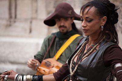 Album 'plurielles' - Danseuse médievale